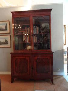 DSC00130 - Engelse bibliotheekkast ca. 1780