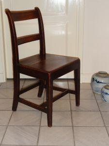 DSC01041- set van 4 Engelse eikenhouten stoelen, ca. 1800