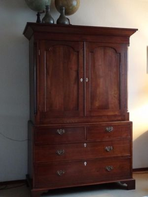 DSC01152 -  Engels eikenhouten kabinet, ca. 1800/1820